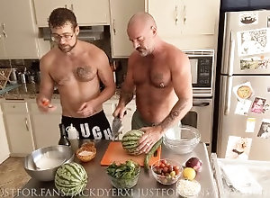 jay;austin;cooking;kitchen;rimjob;salad;tossing;toss;salad;jack;dyer;daddy;food;porn,Daddy;Pornstar;Gay;Reality;Jock;Tattooed Men;Verified Amateurs,Jay Austin Jack Dyer Tosses...