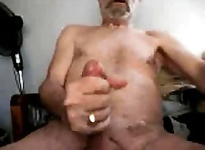 Daddies (Gay);Masturbation (Gay) Silver daddy jerk...