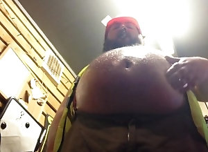 kink;fat;oil;belly;chub;construction;worker;cigar;tubbs;bear;bhm,Solo Male;Gay oiled worker clip