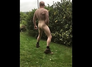 muscle;outside;outdoor;biceps;bodybuilder;ex;flexing;work-boots;boots;muscular;exhibitionist;european,Euro;Daddy;Muscle;Fetish;Solo Male;Gay;Hunks;Uncut;Cumshot Muscular guy...