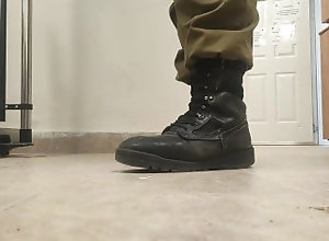 army;feet;shoes;leather;fetish;military;soldiers;big-shoes,Solo Male;Gay;Amateur;POV;Military;Feet;Verified Amateurs My size 15 dirty...