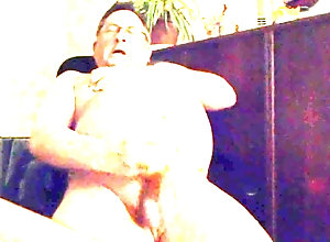 Amateur (Gay);Cum Tributes (Gay);Handjobs (Gay);Masturbation (Gay);Sex Toys (Gay) Bon bon