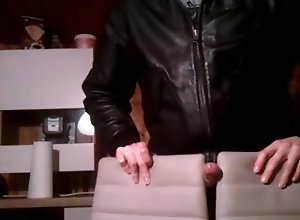 leather-jacket;leather;gay;solo-male-wanking;solo-masturbation;jerk-off;cumshot;hard-cock;alpha-male;sex-toys;voyeur;real-amateur;european,Euro;Solo Male;Gay;Amateur;Handjob;Jock;Cumshot;POV;Verified Amateurs Horny wank with a...
