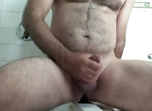 anal;homemade;daddy;jerking-off;bathroom;bicurious,Solo Male;Gay Daddy rides a...